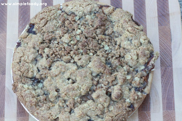 Apple Crumb Pie - Ready to Serve