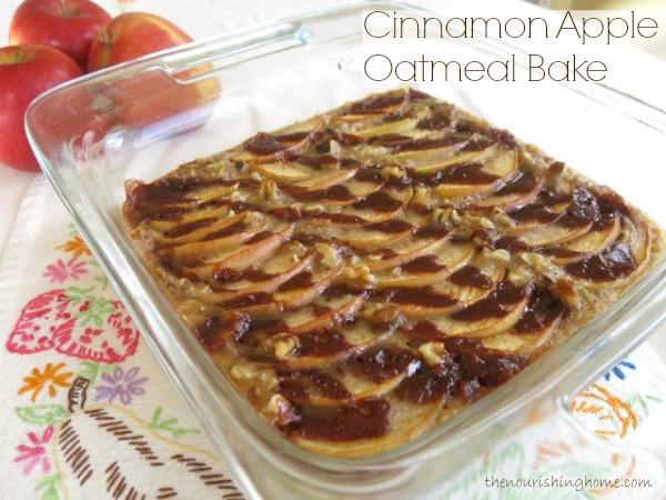 Cinnamon Apple Oatmeal Bake