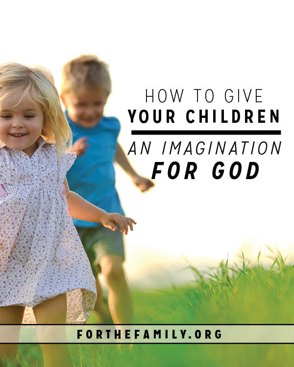 As parents, we want to make the reality of God come alive for our children! These ideas for celebrating this year can help you share Christ with your kids. Which one will you try?