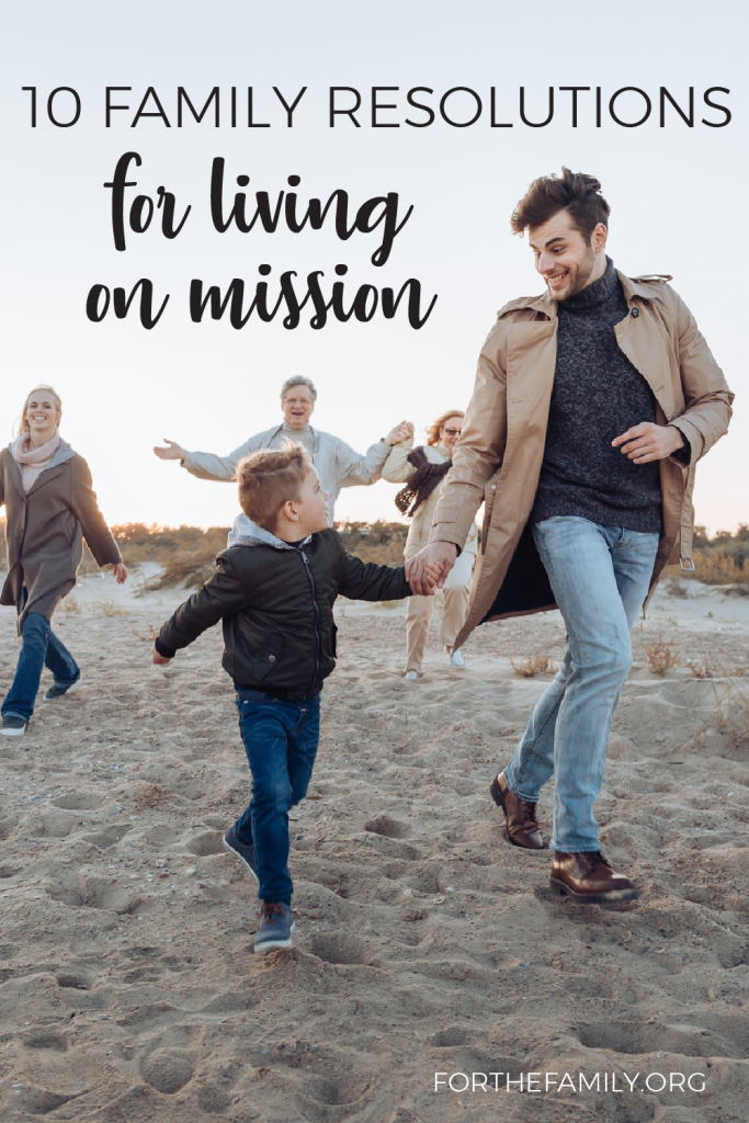 Living on mission and reaching your neighbors as a family doesn't have to be complicated! Here are ten ways you can teach your children to reach other for Christ...starting today!